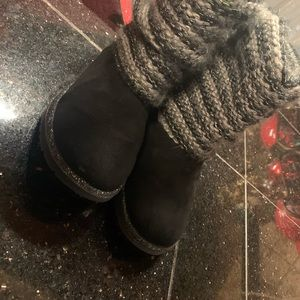 ✨Girl Sonoma Boots with knit and glitter accent ✨